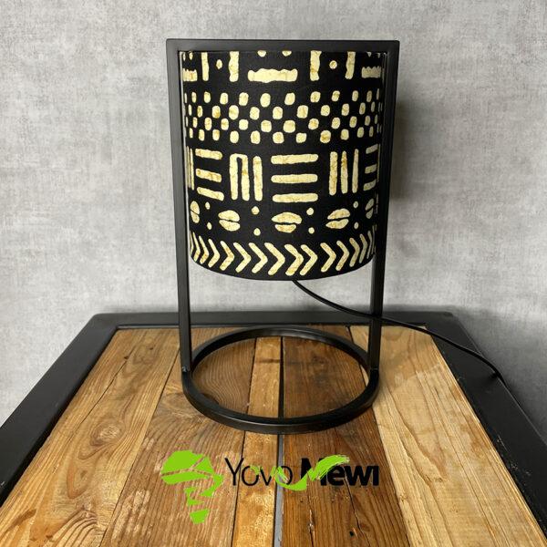 lampe tissu wax Bogolan /déco moderne / lampe métal /noir blanc